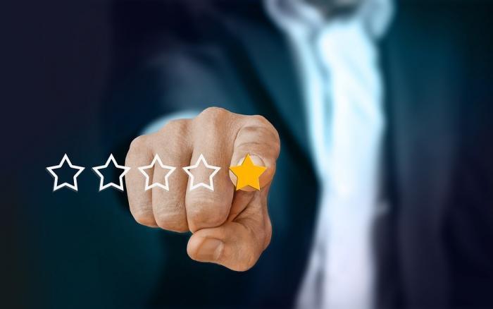 Gefälschte Bewertungen auf Amazon: So entlarven Kunden Fake-Bewertungen