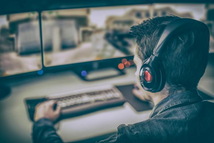 Woplay, Streamba, Oneflix & Co.: Beschwerden zu Fake-Streaming-Webseiten reiẞen nicht ab