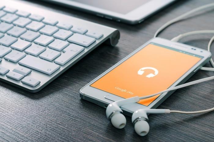Handyzubehör von nützlich bis fragwürdig