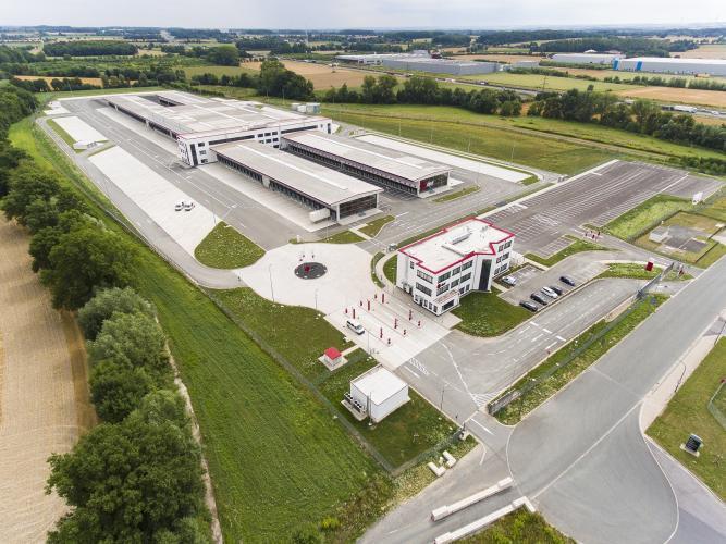 Größtes Paketsortierzentrum von DPD in Deutschland nimmt den Betrieb auf