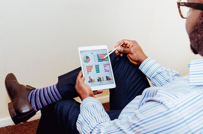 Lernen für die Zukunft: Einheitliche Ausbildungsstandards für die Digitalwirtschaft