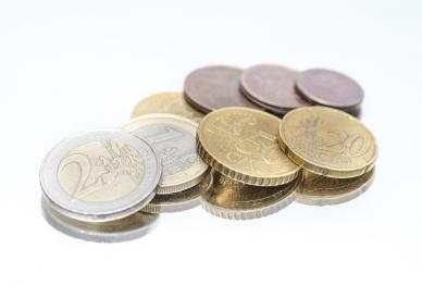 Bargeld wird zunehmend zweitrangiger